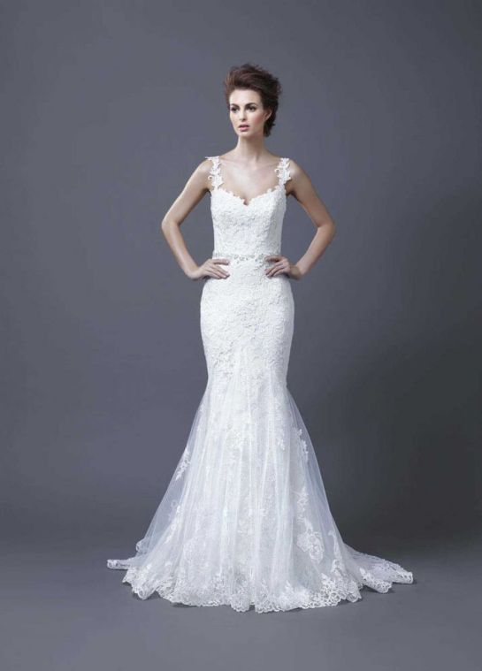 2013-wedding-dress-by-enzoani-bridal-hanako__full