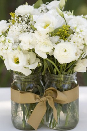 Multiple-Mason-Jar-Bouquet-e1340164617842
