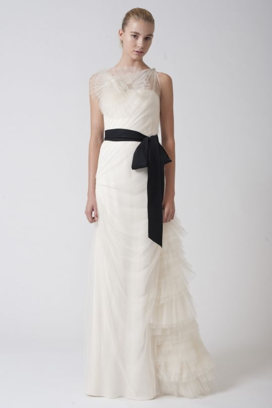 vera-wang-wedding-dresses-fall-2010-illusion-neckline-black-sash__full